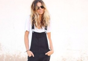 Zwarte dungaree met casual wit t-shirt